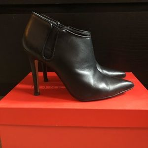 Black Leather High Heel Ankle Booties 7.5